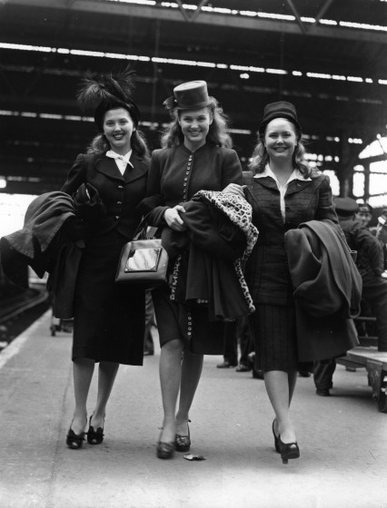 1th September 1946:  Actress sisters Betsy, Vicky and Dixie Ross at Waterloo Station, on arrival in London on the Queen Mary boat train. They are to appear in the new Sid Field show 'Piccadilly Hayride'.