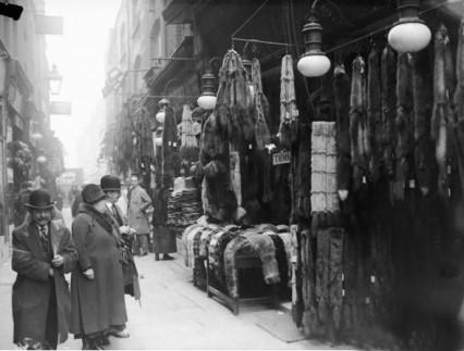 berwick-street-market-furs-1929