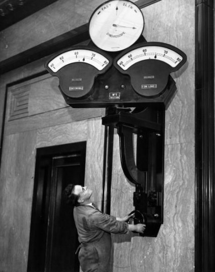 Checking the Synchroscope in 1933