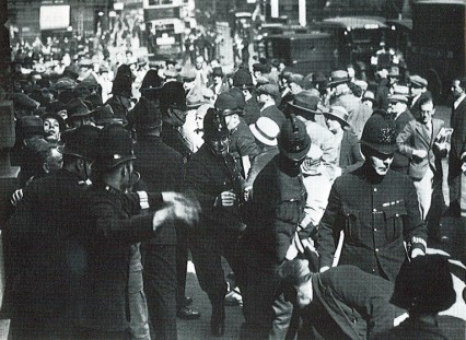 The police holding back the crowd at the Old Bailey during the trial of Elvira Barney