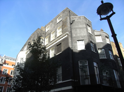 9 Curzon Place in Mayfair (now 1 Curzon Square)