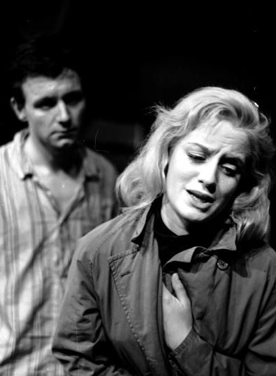Kenneth Haigh and Mary Ure in the last scene of Look Back In Anger
