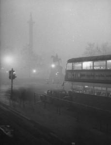 london-smog-trafalgar-sq