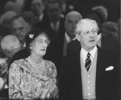 Prime Minister Macmillan and his wife in 1960