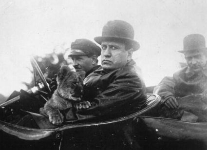 Mussolini with his pet lion cub Ras