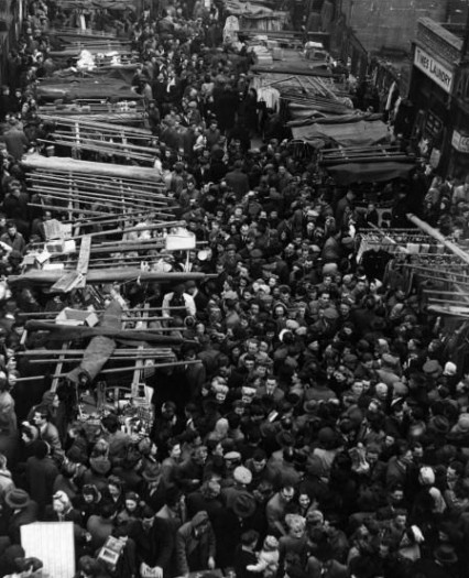 Petticoat Lane Market in 1946