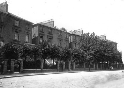 Hilldrop Crescent near Holloway in 1910