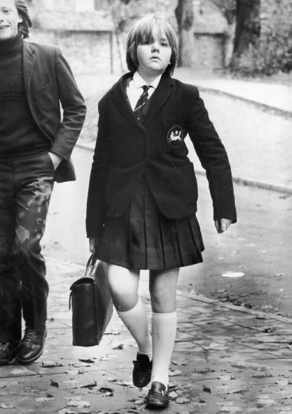 school-girl-from-holland-park
